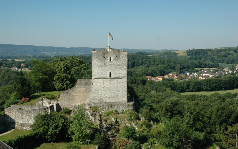 tour médiévale de morestel
